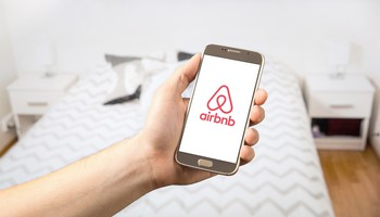 Airbnb Denies Yeshua a Room